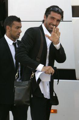 """Buffon: """"Se hace extraño ver a Iker Casillas en el banquillo"""""""