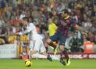 El Madrid pidió un penalti de Adriano y otro a Cristiano
