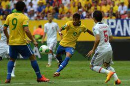 El de Neymar a Japón, entre los candidatos a mejor gol del año