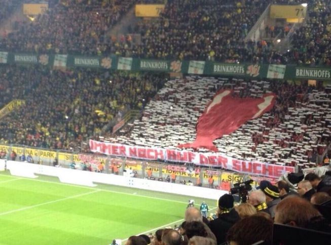 Bayern Munichs CHEEKY Tifo at Borussia Dortmund: Still looking for this?!