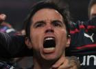 Saviola hace doblete y mete a Olympiakos en octavos