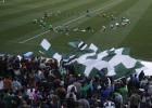 El colista no está solo: 2.500 aficionados arropan al Betis