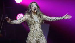 Pitbull, Jennifer López y Leitte cantan el tema del Mundial