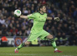 """Casillas supera el récord de Buyo: """"Eso habla bien del equipo"""""""