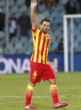 Raúl quiere convencer a Xavi Hernández para llevarle a Qatar