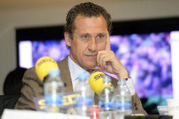"""""""Creo que Raúl ya se prepara para entrenar al Real Madrid"""""""