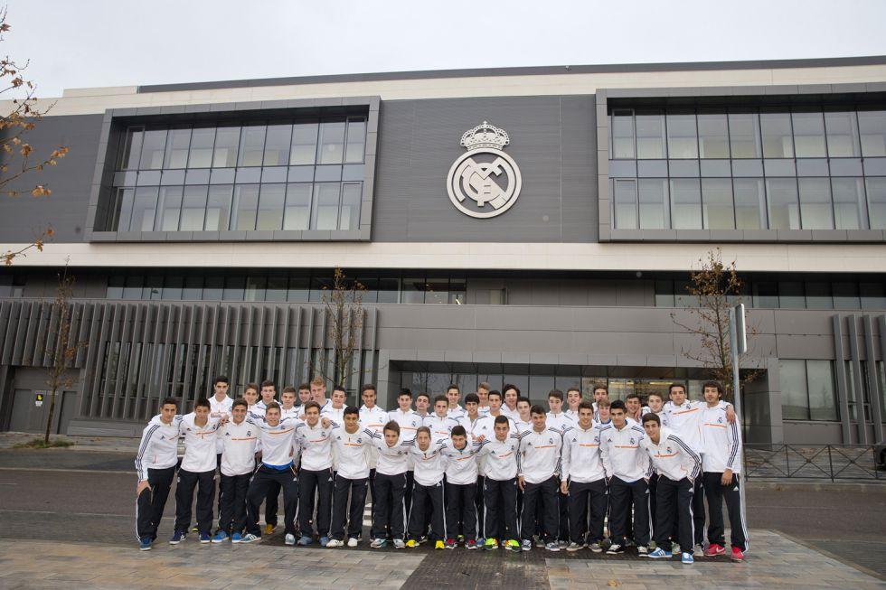 FIFA también investiga de oficio a Real Madrid y Atlético