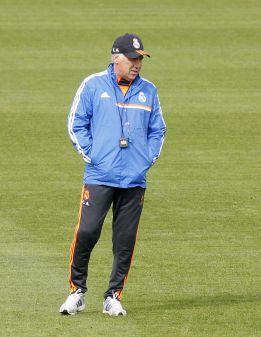 "Ancelotti a la prensa: ""Cristiano está bien pero no va a entrenar"""