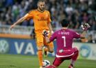 Bravo no pasó el examen ante el Madrid; Sidney sufrió a Bacca