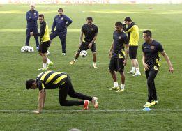 El Barça pregunta a la UEFA por la altura excesiva del césped