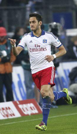 El Chelsea quiere arrebatar a Calhanoglu al Atlético