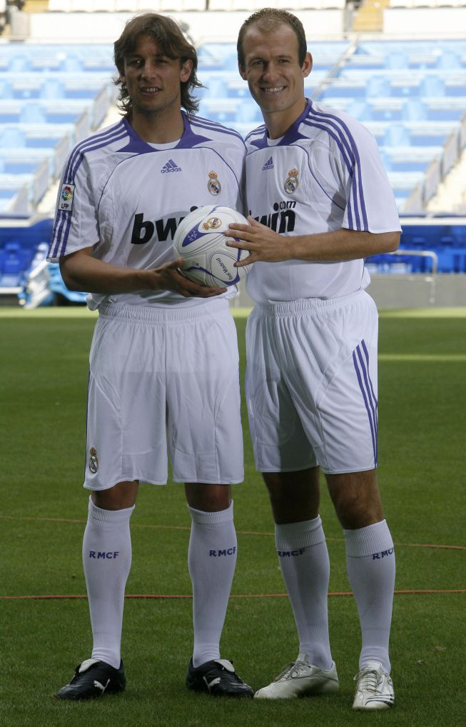 Football A visual history of Real Madrid s kits through the years - AS.com d9e45d926d6e5