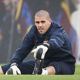 Monaco have pulled out of Víctor Valdés deal, says L'Équipe