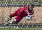 Casillas alcanza a Zubi en partidos en Mundiales...