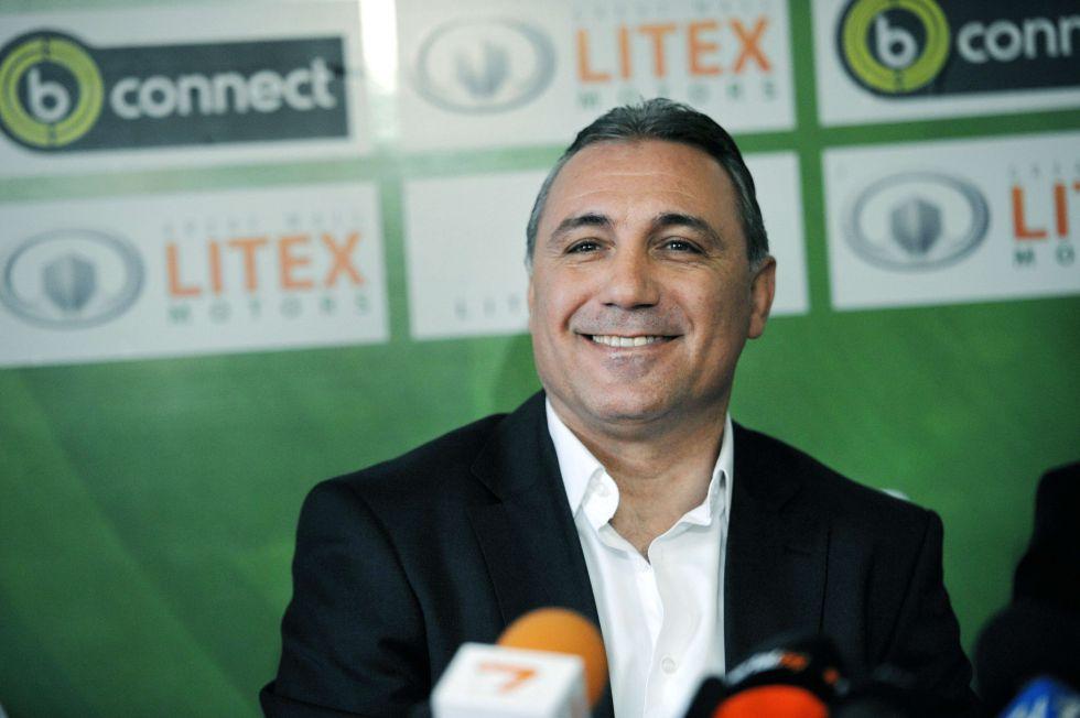 """Stoichkov: """"Los que han vendido a Alexis no saben de fútbol"""""""