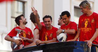 Todo el mundo del fútbol le da las gracias a Xavi en su adiós