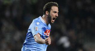 Inter, 'Fiore' y Nápoles ganan; empate para Torino y Tottenham