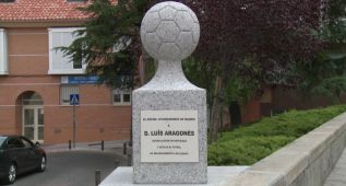 Descubierto en Hortaleza un monolito en memoria de Luis