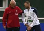 Benzema, duda ante Armenia por un golpe menor en el pie