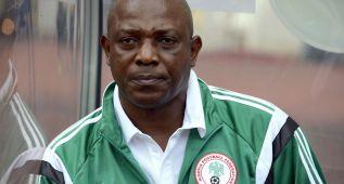 Nigeria destituye al seleccionador Stephen Keshi