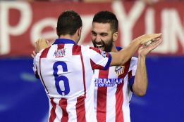 Arda dirige y el Atlético golea