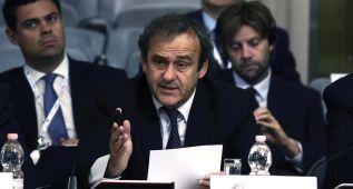 Qatar 22: Blatter apuesta por noviembre y Platini por enero