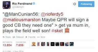 Rio Ferdinand, sancionado tres partidos por insultar en Twitter