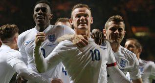 Rooney conquista Escocia