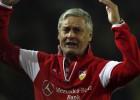 Armin Veh dimite como entrenador del Stuttgart