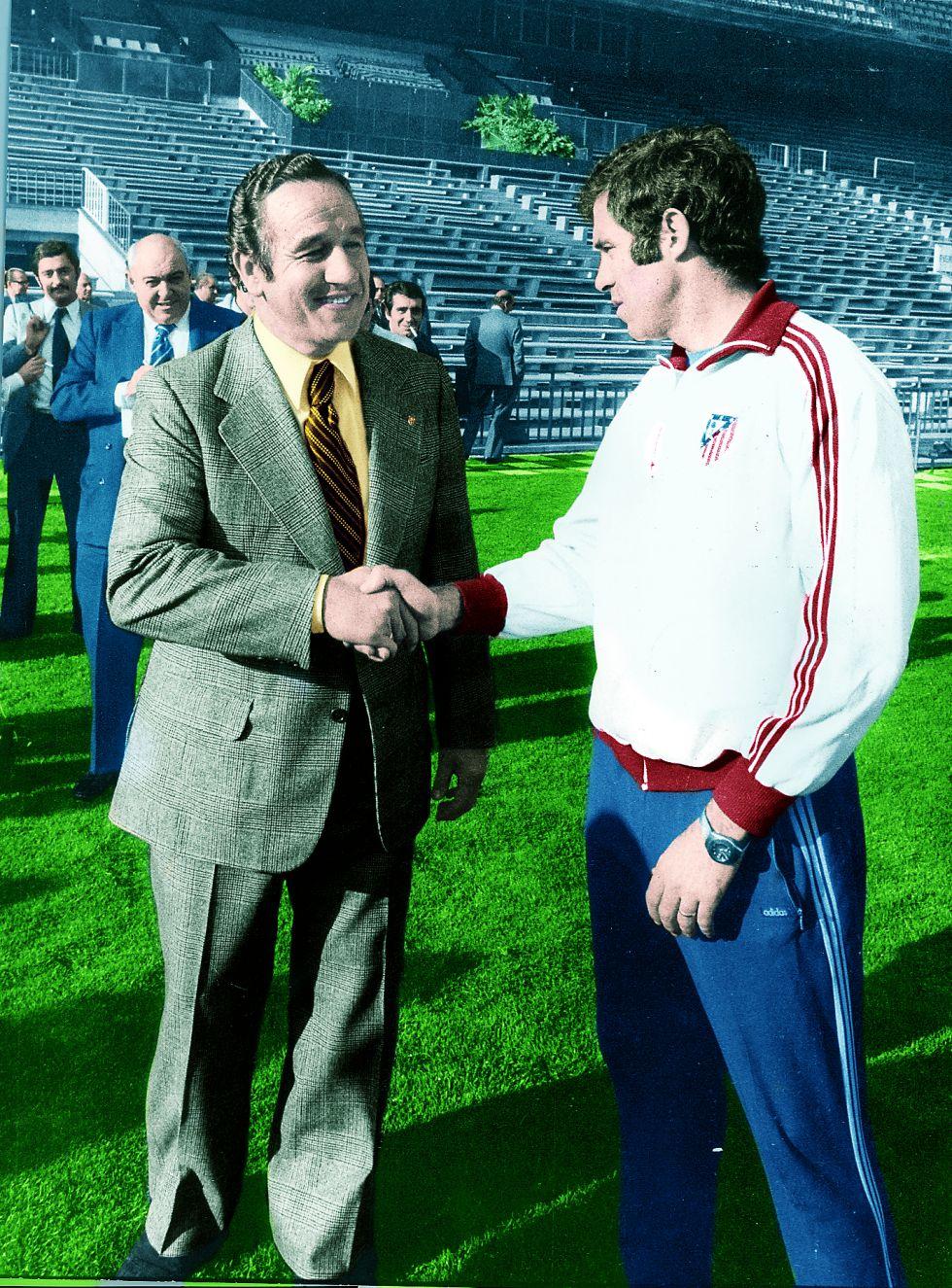 Hace 40 años Luis Aragonés pasó del césped al banquillo - AS.com