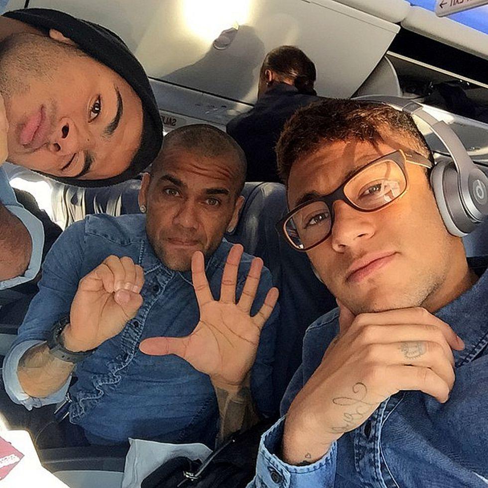 Messi, Neymar y Alves viajan a San Sebastián - AS.com
