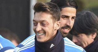 """Özil: """"Estoy convencido de que puedo ganar el Balón de Oro"""""""