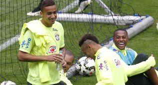 La Francia de Karim Benzema y Antoine Griezmann mide a Danilo