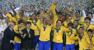 Danilo: el Real Madrid quiere atar al 'nuevo Maicon' de Brasil