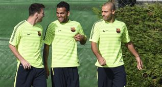 Según la Cope, Dani Alves ha decidido renovar por el Barça