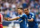 Huntelaar devuelve al Schalke a la pelea por plazas europeas