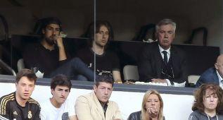 Ancelotti y Casillas fueron ovacionados por el Bernabéu