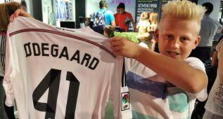 Noruega vivió con euforia el estreno de su ídolo Odegaard