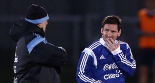 """Martino: """"Ahora Messi cumple una faceta muy completa"""""""