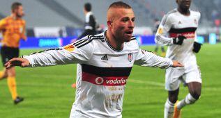 El Atlético le ofrece al Besiktas siete millones por Gökhan Töre