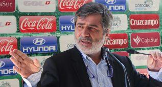 El presidente del Córdoba anuncia su marcha del club