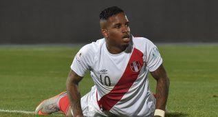 Pizarro y Farfán en duda para el choque ante Paraguay