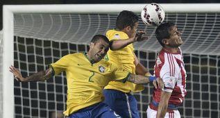 Dani Alves defiende a Thiago Silva contra la crítica de la CBF