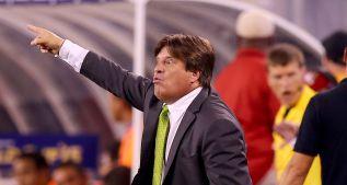Herrera critica trato de organizadores para México