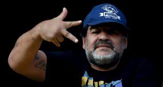 Maradona se enfrenta con su ex mujer por asuntos de dinero