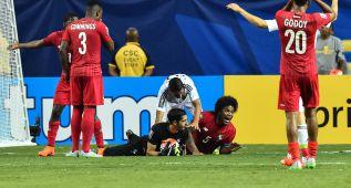 Nuevo escándalo arbitral en una semifinal de la Copa Oro