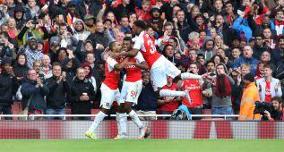 El Arsenal vence al Wolfsburgo y se lleva la Emirates Cup