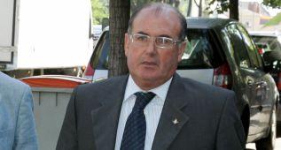 Subasta de acciones y Manuel Castaño ya avisa al club