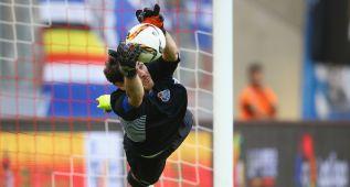 Casillas sigue siendo clave y detiene un penalti decisivo