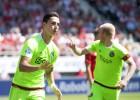 Un doblete de El-Ghazi da la victoria y el liderato al Ajax